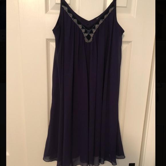 Express Dresses & Skirts - Express Plum Flowy dress